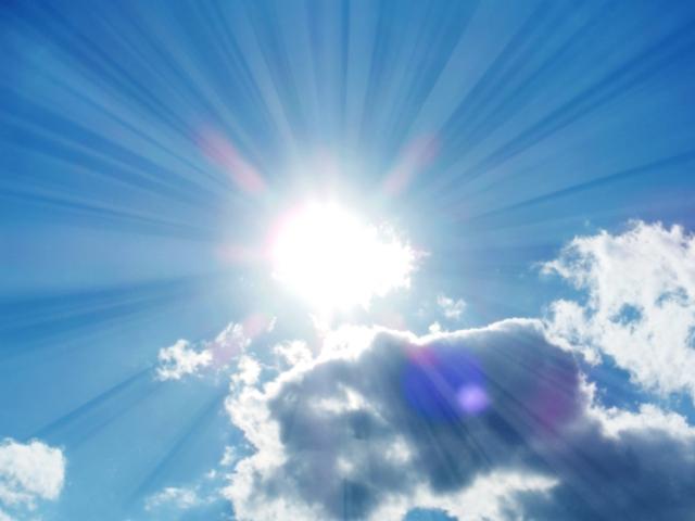 差し込む太陽光