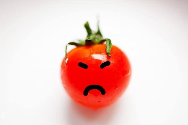 怒ったトマト